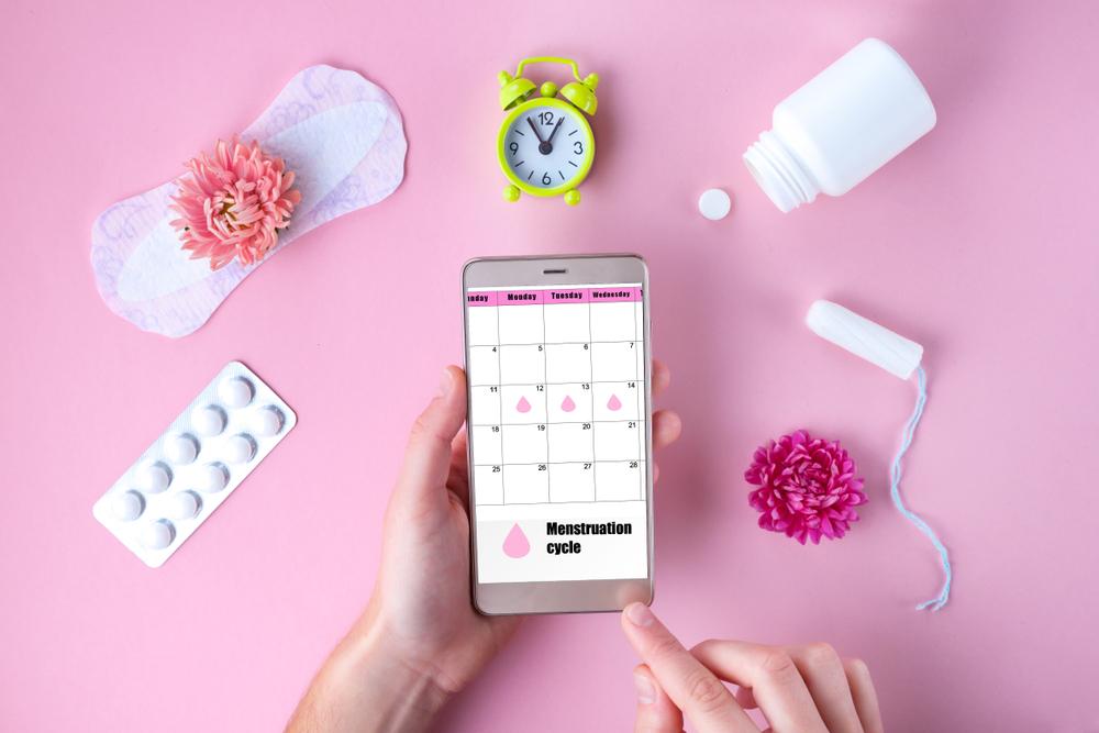 Menstruação atrasada: o que provoca mudanças no ciclo?