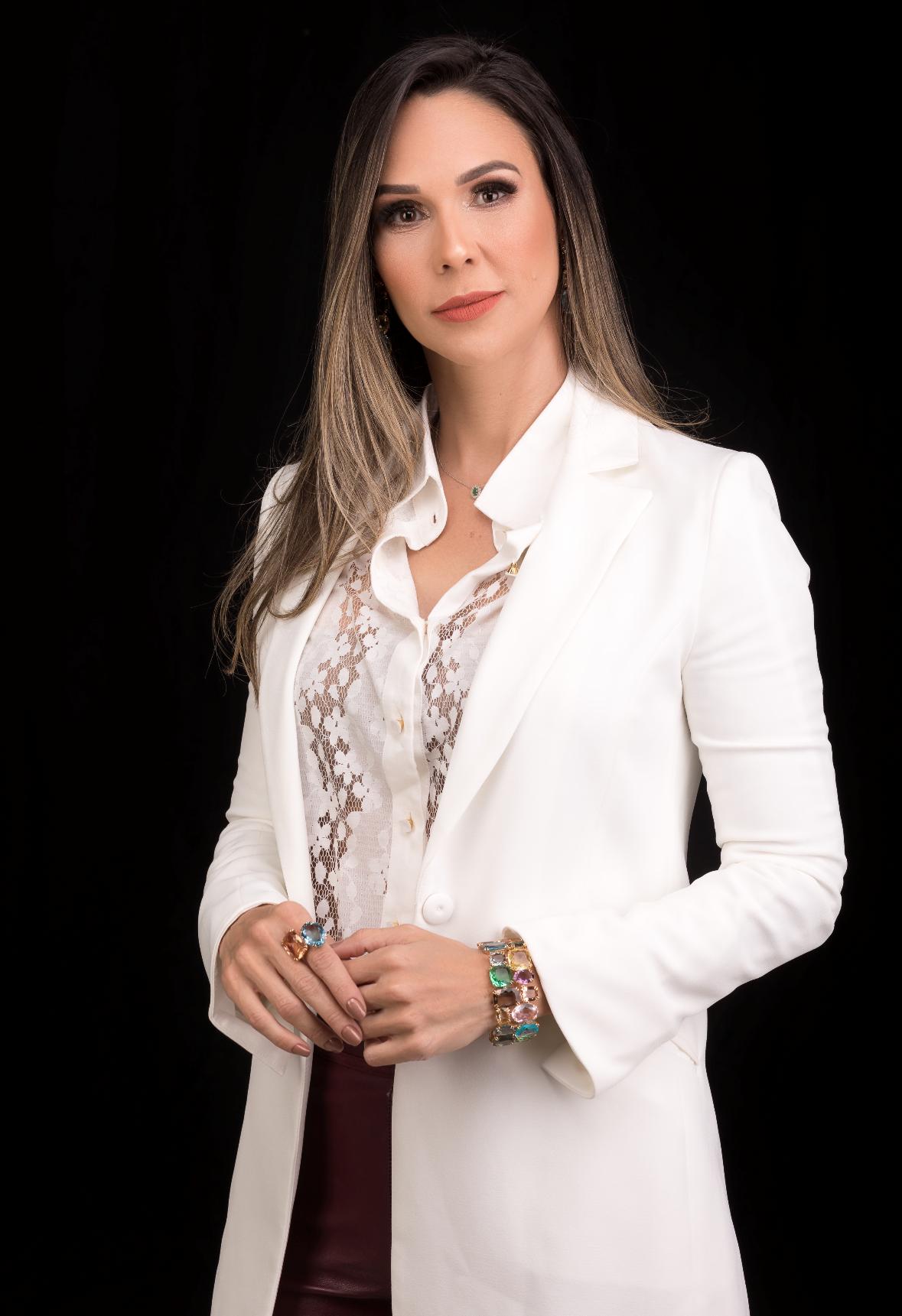 Flavia Alves de Oliveira
